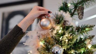Instagram Inspo: Our Favorite Holiday Decorations for 2020 | GreyDock Blog